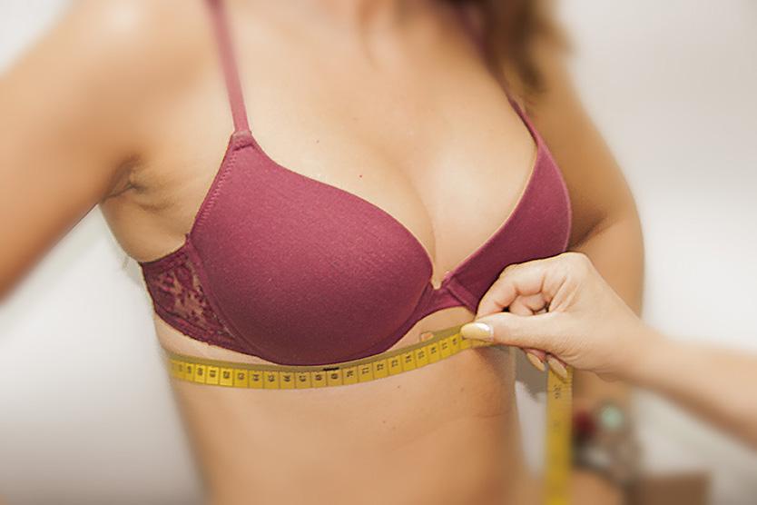 Como-medir-correctamente-la-talla-de-sujetador