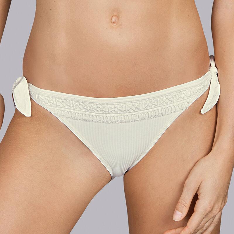 Braga bikini de talle bajo anudada. Aracari