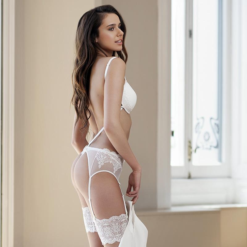 sujetador sin espalda - mujerlenceria - espalda al aire