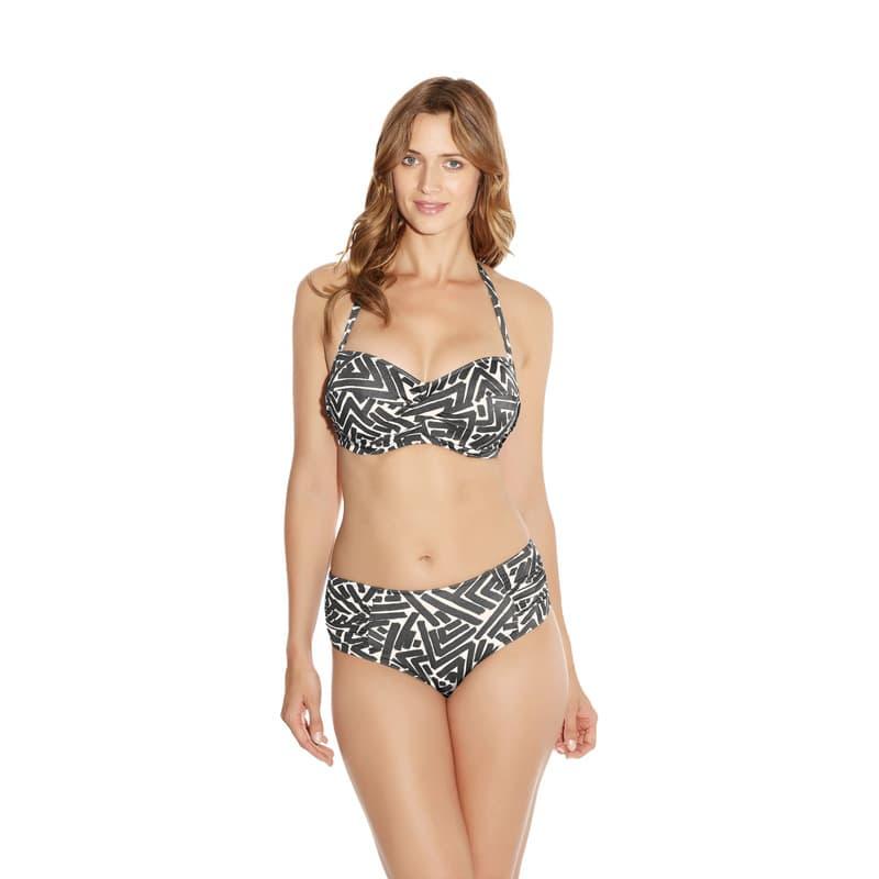 Braga bikini media altura. San Marino